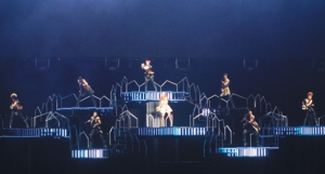 Asia_tour_2013_namie_amuro_tapei_taiwan_performance_003